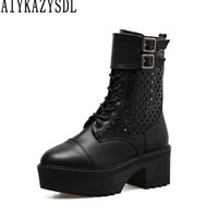 AIYKAZYSDL 2018 Botas de moto para mujer Zapatos de motociclista Plataforma Bloque grueso Tacones altos Knight Ridding Bootie Cut Out Gladiator Shoes