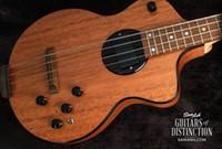 Personalizado 4 Cuerdas Bajo Rick Turner Modelo 1-C-LB Bass Lindsey Buckingham Borgoña natural semi hueco de la guitarra eléctrica de cuerpo Negro Encuadernación
