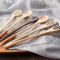8 أنماط الخشب الطبيعي العسل ملعقة ذات جودة عالية منحوتة مقبض الجوف خارج العسل طويل لصنع الشاي والحليب يحرك بار عصا مطبخ أدوات الطعام