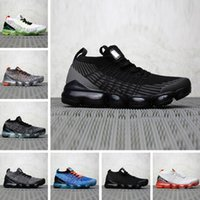Chaussures Moc 2 Laceless 2. 0 womens running shoes Triple Bl...