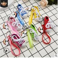 Scarpe casual in tela portachiavi mini scarpe appendono simpatici regali promozionali ti amo lettera arcobaleno portachiavi striscia in PVC 583