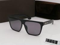 2019 Yeni Eğlence Kişilik Güneş Gözlüğü Erkek Kadın Gözlük Tasarımcısı Güneş Gözlüğü UV400 Moda Açık Güneş Gözlüğü 0709 Kutusu Ile