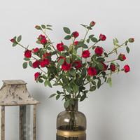 Ev Dekorasyon Yapay Mini Tea Rose Çiçekler Düğün Dekoratif Çiçek Buket Sahte Tea Rose 6 Başkanları / Buket Sahte Bitki