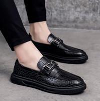 Designer sapatos Homens Eqüestre Vintage Alligator padrão Inglaterra vestido de marca de couro sapatos de plataforma de luxo partido casamento Escritório Flats Shoes