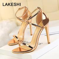 LAKESHI 2019 Nouveau Sandales en cuir verni hauts talons d'or sexy pompes mode chaussures de mariage des femmes S200401
