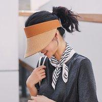 Designer bouchon chapeau de paille fibres naturelles tissées à la main vide Top Hat 4 couleurs mode classique casquettes raphia ombre femmes plage Voyage chapeaux de soleil