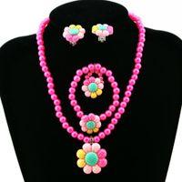 Blumen-künstliche Perlen-Kind-Mädchen-Ohrring-Armband-Halsketten-Ring-Schmucksachen gesetzte neue heißen