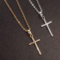 십자가 목걸이 금은 색깔 18 인치 사슬을 가진 구리 십자가 펜던트는 보석을 교차시킵니다