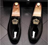 L'arrivée de nouveaux hommes de charme de flats couronne de broderie paillettes Robe Mocassins Chaussures Homme gentleman mariage Retrouvailles soirée Groom chaussures de bal 37-44