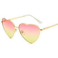 2019 Hot Heart Shape Fashion Occhiali da sole 9 colori Candy Colors Goggles One Piece Ray Lettera Sunglass all'ingrosso