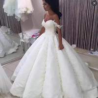 Ball Gown Wedding Dresses With Lace Appliques Beads Sequins ...