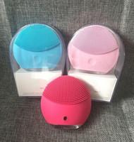 Marke Mini Reiniger Mini elektrisches Ultraschall-Schönheit Instrument Silikon wasserdicht Reiniger Poren sauber 2 Farben Lieferung Reinigungs-Tool