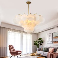 Postmodern Restaurant chandelier Light and simple, personalidad nórdica creativa Living room chandelier Designer bar bedroom light