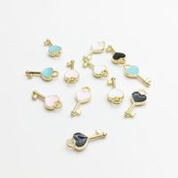 Mode Herzform Schlüssel Emaille Anhänger Carousel Anhänger DIY Armband Halskette Schwimmdock Charme-Schmucksachen, die Entdeckungen Großhandels60pcs / lot