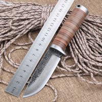 Lame tranchante fixe Couteau de chasse à la main forgé Damas acier camping Knifeblade cuir 58HRC poignée survie outil tactique