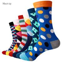 Novos Estilos colorido algodão penteado meias masculinas feliz meias meias presente de casamento (6pairs / lot)