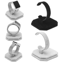 1 PC Velvet C Type Design Jewelry Brazalete Reloj Display Rack Stand Holder Nuevo Negro / Blanco