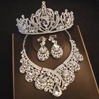 Prenses Kalp Kristal Taç Üç adet Seti Neckalce Bayanlar Takı Elmas Taçlar Gelin Düğün Aksesuarları (Taç + kolye + Küpe)