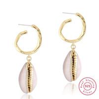 Bianco Naturale Ciprea orecchini 14 carati Orecchini rame placcato 925 Needle irregolare cerchio orecchini bordo Shell Dangle oro vero