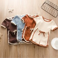 Bambini Designer Abbigliamento Boys Pit Strisce Pagliaccetti Pantaloncini Abbigliamento Set Abbigliamento Triangolo Solido Triango Tute Coulisse Pantaloni Suits Suits Baby's Summer Set B7549