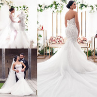 플러스 크기 인어 웨딩 드레스 2020 레이스 Appliqued Robes de Mariée Button Back Tulle Sweep Train Beach Bridal Gowns