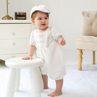 Recém-nascido Roupa de Baptizado 0-24M meninos Vestuário Set em torno do pescoço de manga curta Voltar Sólidos Botão Conjuntos roupa do bebê Hat Branco