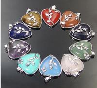 Натуральная яшма, бирюза, аметист, бусины из драгоценных камней, ожерелье-кулон с волшебной сердечкой. Доступны различные цвета.