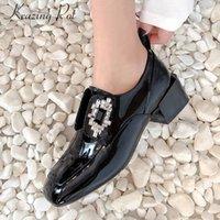 Krazing pot nuove decorazioni di cristallo morbide scarpe di cuoio genuino della punta quadrata med tacchi donne mocassini solidi scivolare sulle pompe moderna L06