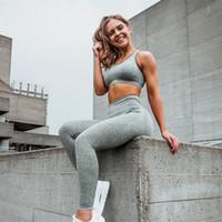 Elastic Seamless Yoga Tracksuits Kits Sólidos Magro Correndo Leggings Pants Racerback Bra alças Set aptidão Vestuário de Mulheres Roupa 58la E19