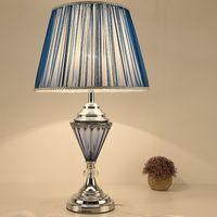 Table de décoration de tissu européen E27 Chambre à coucher Chambre à coucher Lampe de nuit Moderne Minimaliste Blue Table Lumières LR009