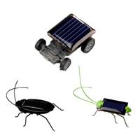 DIY Minisolarauto Angetriebenes Roboter-Solarspielzeug Fahrzeug Educational Sonnenenergie-Neuheit Heuschrecke Schabe Gag Spielzeug Insekt für Kinder