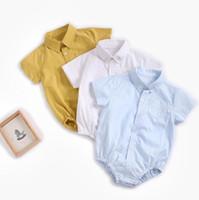 Baby-Strampler Newborn Reverskragen Onesies Spielanzug Sommer Baumwolle mit kurzen Ärmeln kletternde Kleidung Baby Boy Designer Dreieck-Spielanzug YPP182