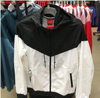 남성 여성 디자이너 자켓 코트 럭셔리 스웨터 까마귀 긴 소매 가을 스포츠 지퍼 브랜드 윈드 브레이커 망 의류 후드티 TT