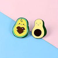 Avocado Holding Heart Denim Kleidung Emaille Pin Set Rucksack Anhänger Revers Pin Button Abzeichen Cartoon Schmuck Geschenk für Freunde