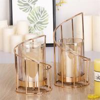 Vela de hierro dorado con candelabro europeo de candelabro geométrico romántico copa de vela de cristal decoración de la mesa de decoración T200617