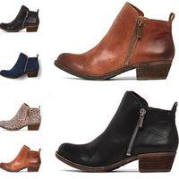 Venda quente- 2019 Ankle Boots Nova Moda Apontou Toe Mulheres Botas Bloco Salto Zipper Lateral Mulheres Sapatos