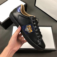 Gucci men shoes2019 GNER lujo de los hombres de las mujeres zapatilla de deporte de los calzados informales top Italia Marca Ace abeja rayas zapato para caminar entrenadores