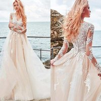 2020 Vintage Lace Long Sleeve Bridal Wedding Dresses Tulle V Neck Applique Buttons Back Pleated Bridal Gowns BM1521