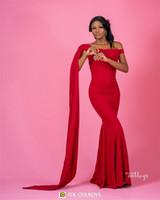 2019 Vestidos de dama de honor de sirena roja sexy Vestido de invitados de boda con vaina fuera del hombro Vintage Vestidos de talla grande de baile de graduación Vestidos de dama de honor baratos