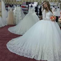 Mangas largas blanca magnífica bola de lujo vestido de novia vestidos de los vestidos nupciales por encargo Vestidos de novia perlas Apliques matrimonio Vestido de novia