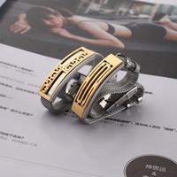 2020 vendita calda del modello Bracciali Grande Muraglia di titanio della maglia d'acciaio del braccialetto di modo amanti del braccialetto di marea all'Ingrosso