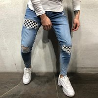 Hommes Denim Trousers Badge mode Porté Patchwork Skinny Slim Fit Zipper Denim Pantalon Détruit Jeans Style gothique Ripped