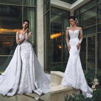 2020 atractivo del hombro manga larga vestidos de boda de la sirena del cordón con el tren desmontable de lujo con cuentas apliques árabe de Dubai Vestidos de novia 196