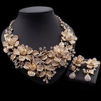 Joyería de la vendimia en color Yulaili africana de oro se establece la forma del cristal de la hoja del Rhinestone de los pendientes del collar cuelga la joyería de la boda Accesorios