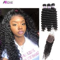 Brésilien Hair Theft Profond Wave 3pcs avec fermeture en dentelle Péruvien Human Hair Bundles avec fermeture Indian Hair Extensions en gros