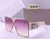 Lujo diseñador mujeres de los hombres a estrenar de gran tamaño gafas de sol de moda Máscara Oval Gafas de sol del marco de protección UV Revestimiento de la lente plateada con el cuadro de la caja