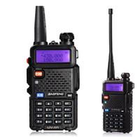 Baofeng UV5R UV5R walkie-talkie a due bande 136-174MHz 400-520Mhz Radio bidirezionale ricetrasmettitore con 1800mAH batteria auricolare libero (BF-UV5R)