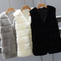 여성용 모피 가짜 조끼 재킷 코트 여성 겨울 따뜻한 겉옷 Overcoat Parka 민소매 V 넥 짧은 허리 코트 플러스 4x 6Q2305