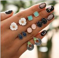 Pendientes de joyería Pendientes de un día de la semana de la vendimia Conjuntos de flores, hoja, aretes de perlas y gotas de agua Nuevas llegadas