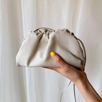 A bolsa de couro Saco Envelope ombro Luxo Bolsas Mulheres Designer volumosos bolsas forma redonda e bolsas Dumpling Embreagens